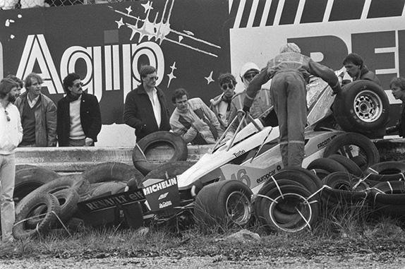 Последствия аварии Рене Арну на Гран При Нидерландов 1982 года