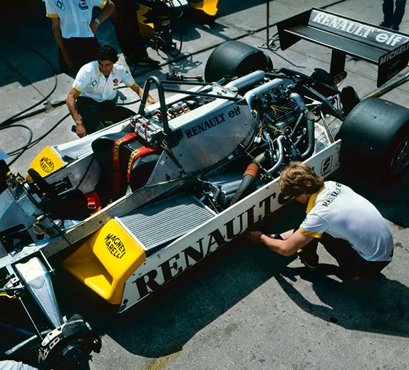 Renault RE30B с турбомотором на Гран При Лонг-Бич 1982 года