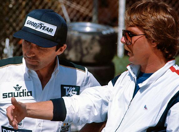 Фрэнк Уильямс и Кейо Росберг на Гран При Лонг-Бич 1982 года. Фото Williams