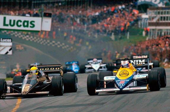Борьба Айртона Сенны и Найджела Мэнселла на старте Гран При Великобритании 1985 года