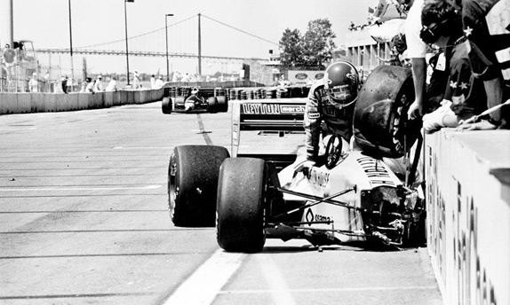 Авария Ивана Капелли в квалификации Гран При Детройта 1988 года