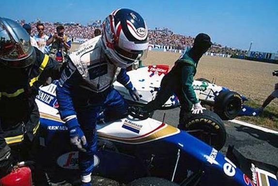 Сход Найджела Мэнселла на Гран При Франции 1994 года
