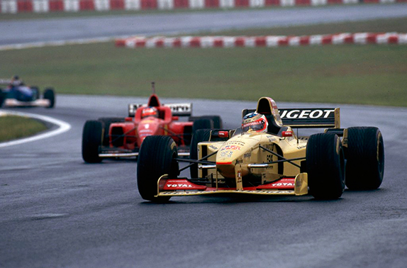 Рубенс Баррикелло и Михаэль Шумахер на Гран При Бразилии 1996 года