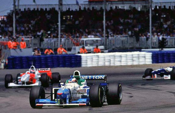 Жан Алези на Гран При Великобритании 1996 года