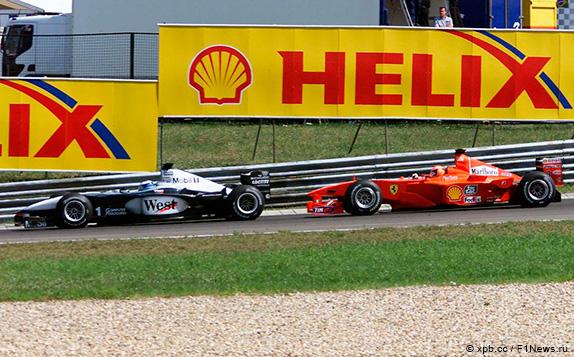 Борьба Мики Хаккинена и Михаэля Шумахера на первом круге Гран При Венгрии 2000 года