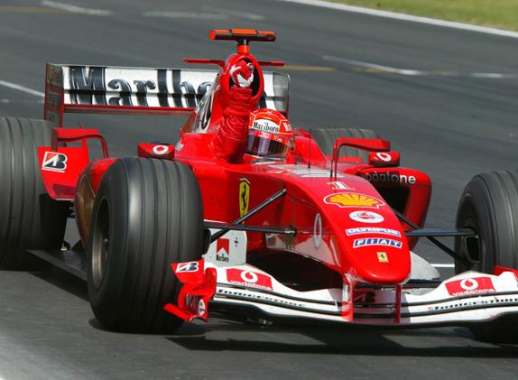 Михаэль Шумахер побеждает в Гран При Испании 2004 года