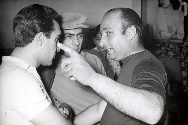 Луиджи Муссо, Эудженио Кастелотти и Хуан-Мануэль Фанхио на Гран При Аргентины 1956 года