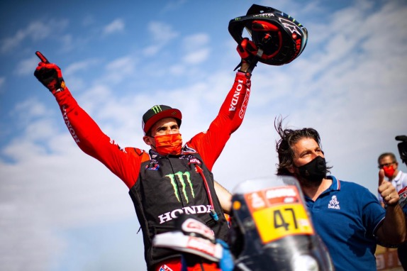 Кевин Бенавидес - победитель Дакара в классе мотоциклов