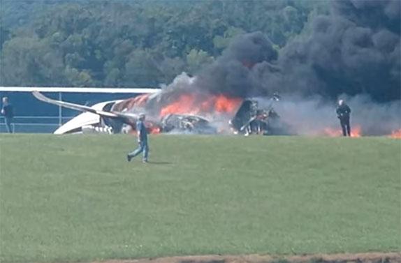 Катастрофа самолёта, на котором летел Дэйл Эрнхардт-младший с семьёй