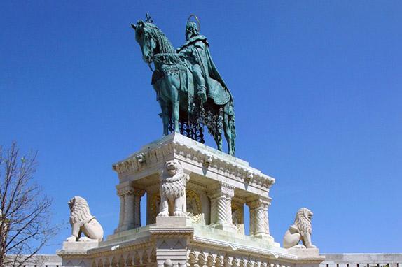 Памятник Иштвану I Святому в Будапеште
