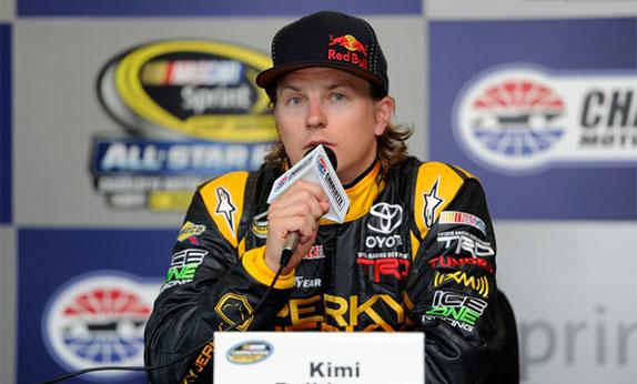 Кими Райкконен в период выстулений в серии NASCAR, 2011 год