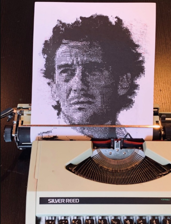Потрет Айртона Сенны, созданный Грэмом Лоудоном на обычной пишущей машинке