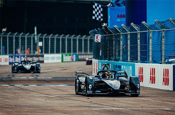 Mercs1 2 - Формула E: Дубль Mercedes в берлинском финале