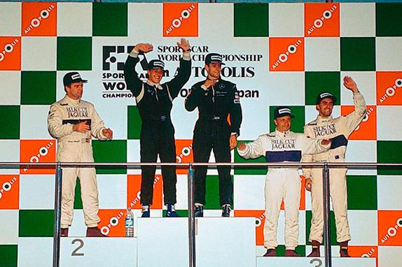 Шумахер и Вендлингер победители гонки в Автополисе, Япония. Оба к тому моменту уже выступали в Формуле 1. Фото Daimler