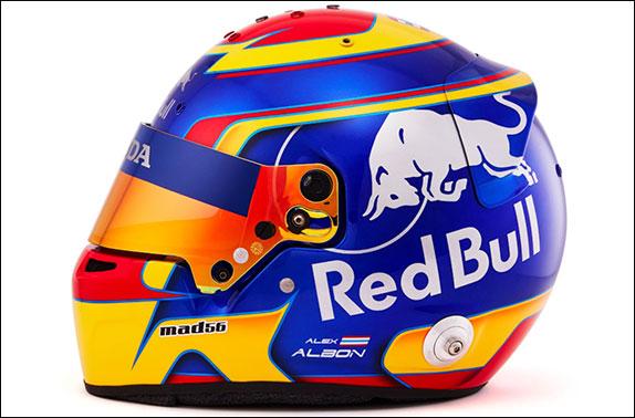 Раскраска шлема Александера Элбона