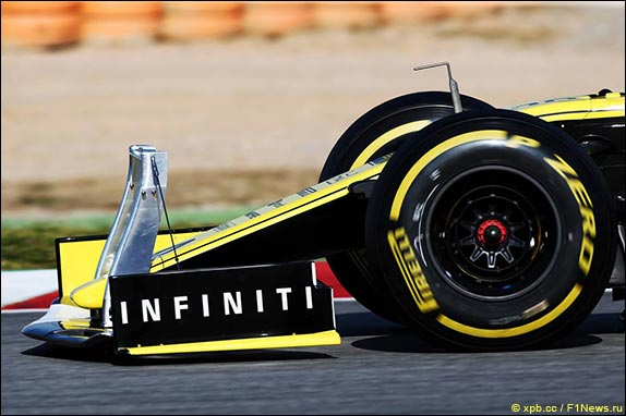 Sensors on Renault car