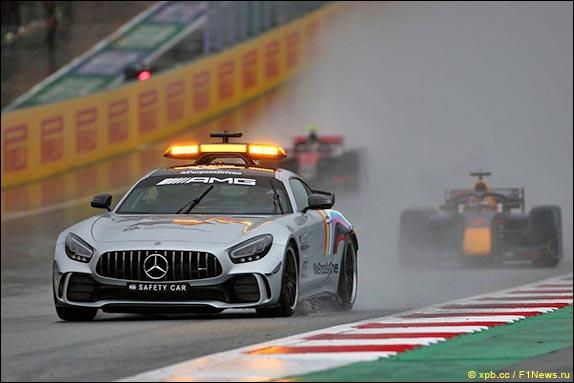 Формула 2: Под дождём в Шпильберге выиграл Шварцман