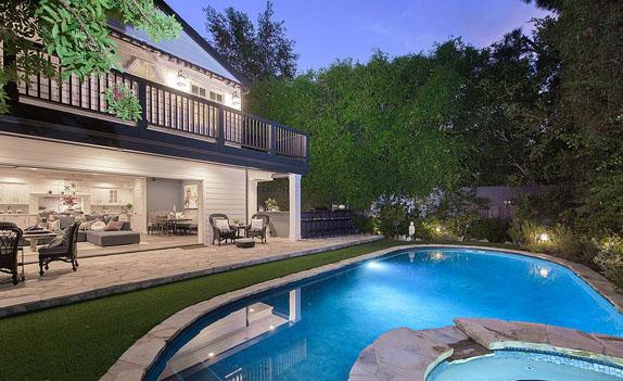 Проданный дом Дженсона Баттона в Калифорнии, фото Hilton and Hyland/TNI Press Ltd