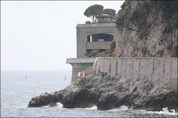 Парковка Океанографического музея Монако – паддок Формулы 2