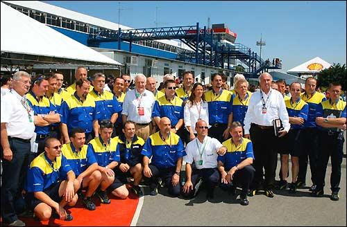 Прощальное фото Michelin