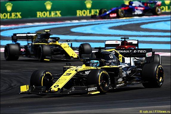 08-race-2019-ricciardo-hulkenberg.jpg