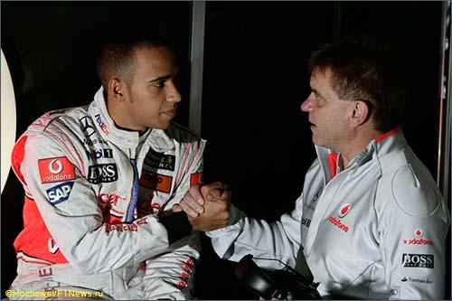Аки Хинтса и Льюис Хэмилтон, 2009 год, Гран При Бразили