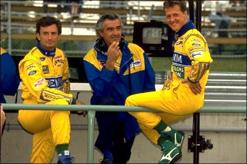 Риккардо Патрезе, Флавио Бриаторе и Михаэль Шумахер (все - Benetton) в 1993 году