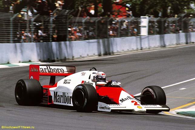 Ален Прост за рулём McLaren MP4/2B на трассе Гран При Австралии 1985 года