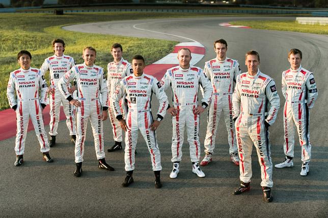 Команда Nissan на тестах в США
