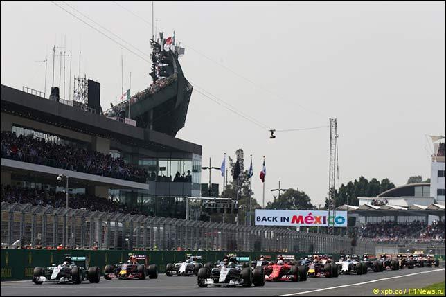 Старт Гран При Мексики