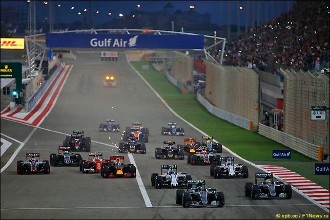Старт Гран При Бахрейна 2016