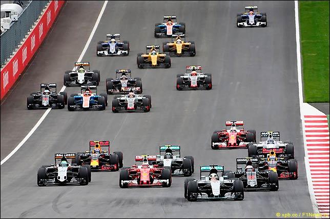 Старт Гран При Австрии 2016
