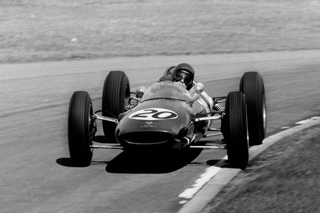 Джим Кларк на Гран При Великобритании в Эйнтри