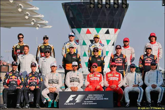 Групповая фотография перед Гран При Абу-Даби