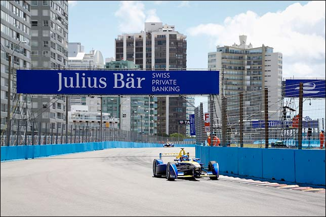 Формула E: Буэми лидирует на тестах в Уругвае