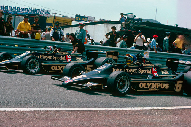 Марио Андретти и Ронни Петерсон на Lotus 79 в Испании
