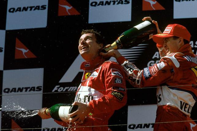 Эдди Ирвайн и Ральф Шумахер на подиуме Гран При Австралии