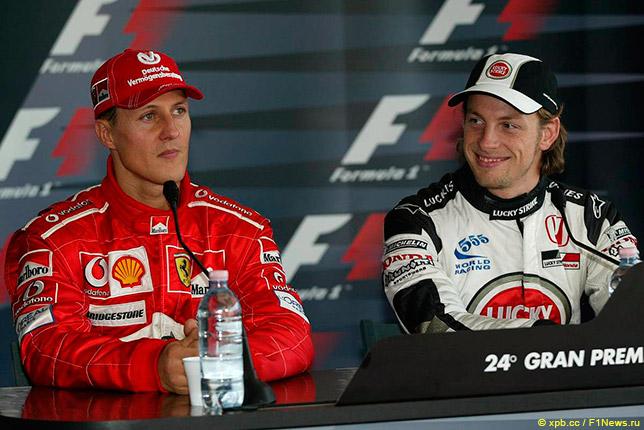 Михаэль Шумахер и Дженсон Баттон на пресс-конференции после квалификации в Сан-Марино, 2004 год