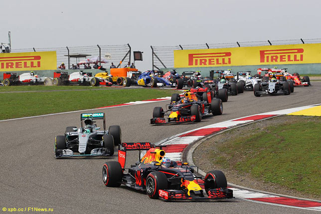 Один из эпизодов первого круга Гран При Китая