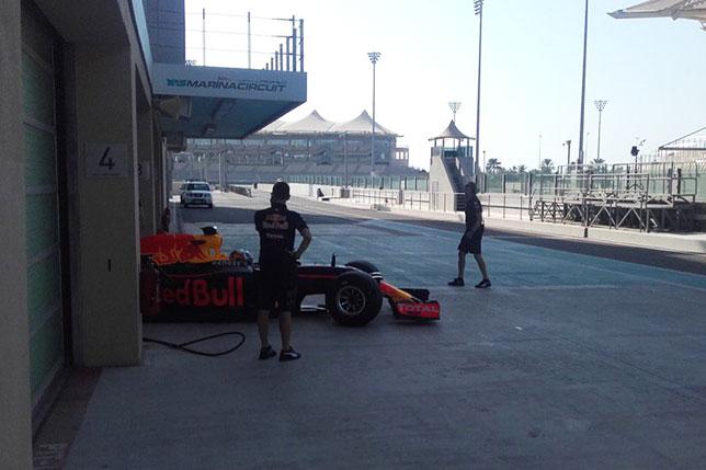 Пьер Гасли во второй день шинных тестов в Абу-Даби
