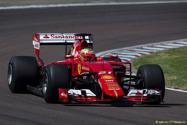 Эстебан Гутьеррес на тестах Pirelli за рулём Ferrari, адаптированной под технический регламент 2017 года