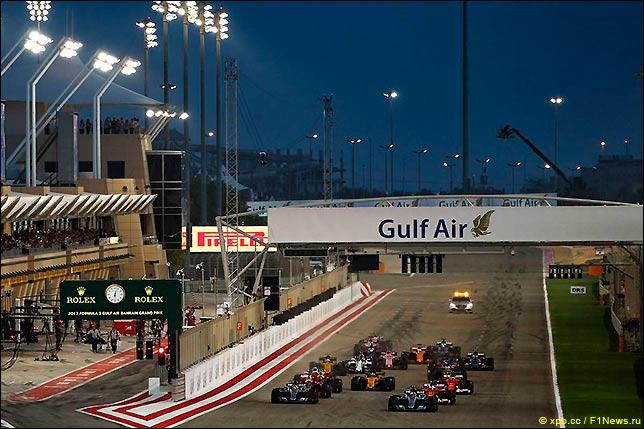 Старт Гран При Бахрейна 2017