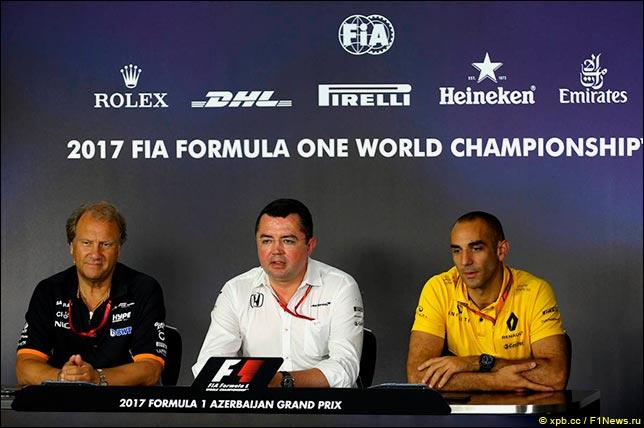 Первая пресс-конференция в пятницу. Эрик Булье (McLaren), Роберт Фернли (Force India), Сирил Абитебул (Renault)