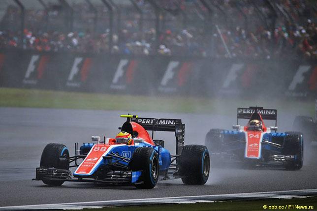 Машины команды Manor на Гран При Великобритании в Сильверстоуне