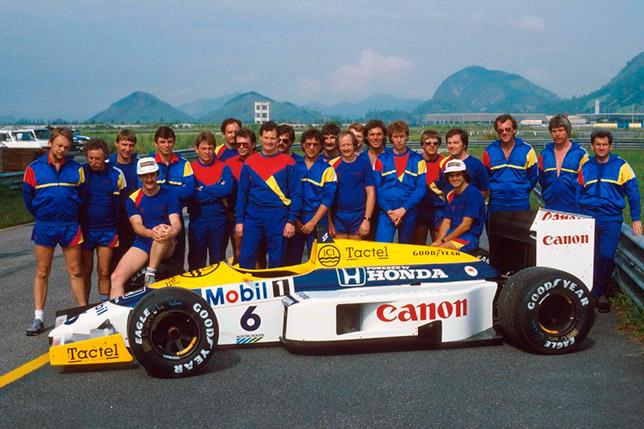 Команда Williams перед началом Гран При Бразилии 1986 года