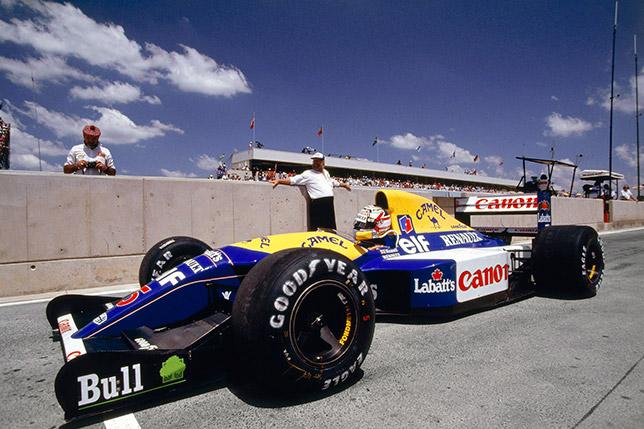 Найджел Мэнселл на машине Williams на трассе в Кьялами, 1992 год