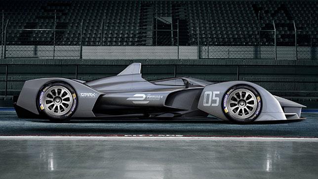 Машина SRT05e, разработанная для 5-го сезона Формулы E