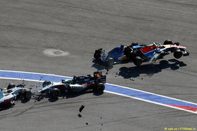Авария на старте Гран При России 2016 года с участием Гутьерреса, Нико Хюлкенберга, Маркуса Эриксона и Рио Харьянто