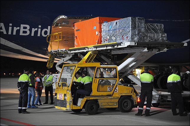 ВСочи прибудут грузовые рейсы сболидами «Формулы-1»
