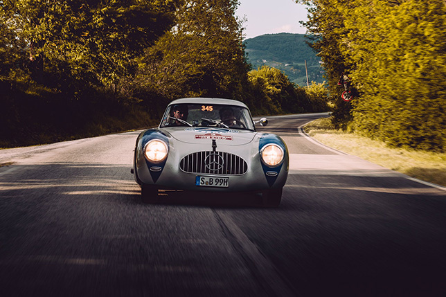 Тото Вольфф и Альдо Коста на трассе Mille Miglia